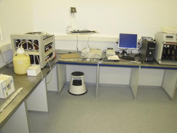 Características Encimeras de acero - Borda Laboratorios