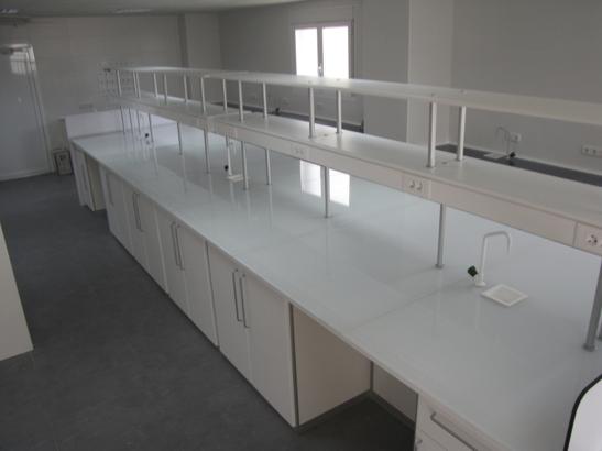 Características Encimeras de vidrio - Borda Laboratorios