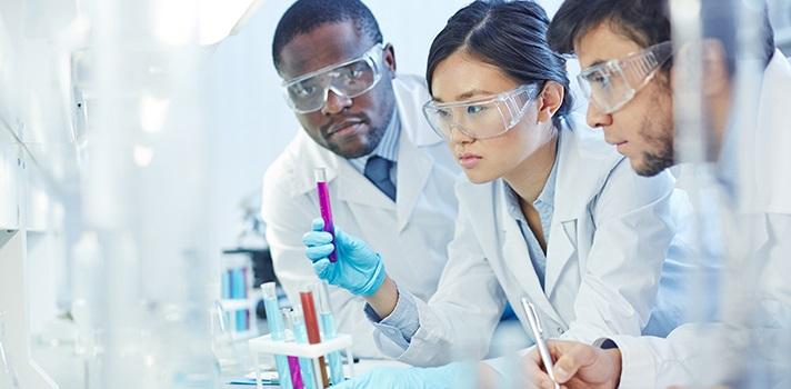 -es-la-realidad-virtual-el-complemento-perfecto-de-los-laboratorios-de-ciencia-